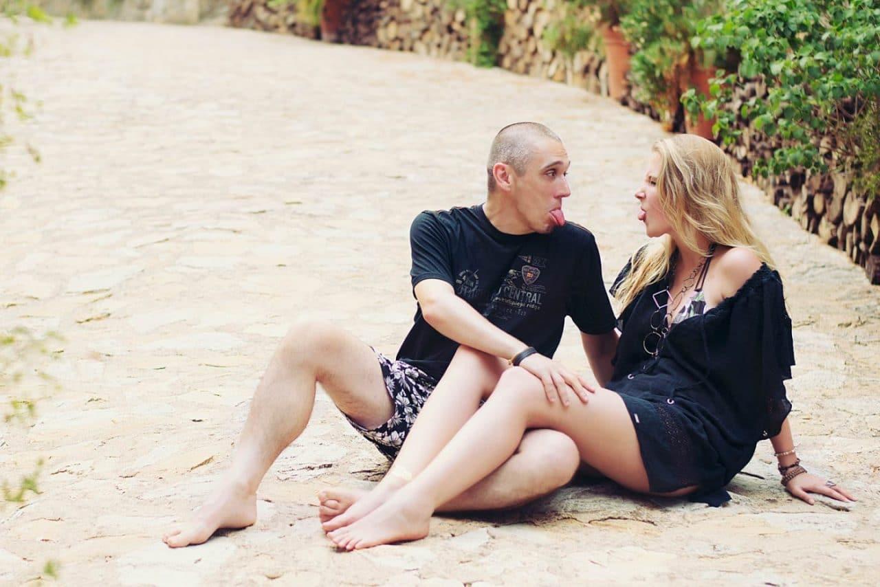 Travel Photography By Anastasia Vervueren Spain Couple