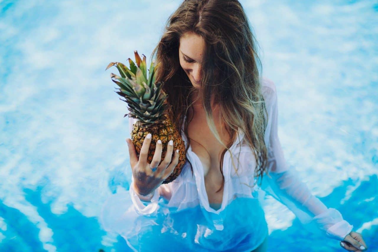 Portrait Photography By Anastasia Vervueren Summer Pineapple Swimmingpool