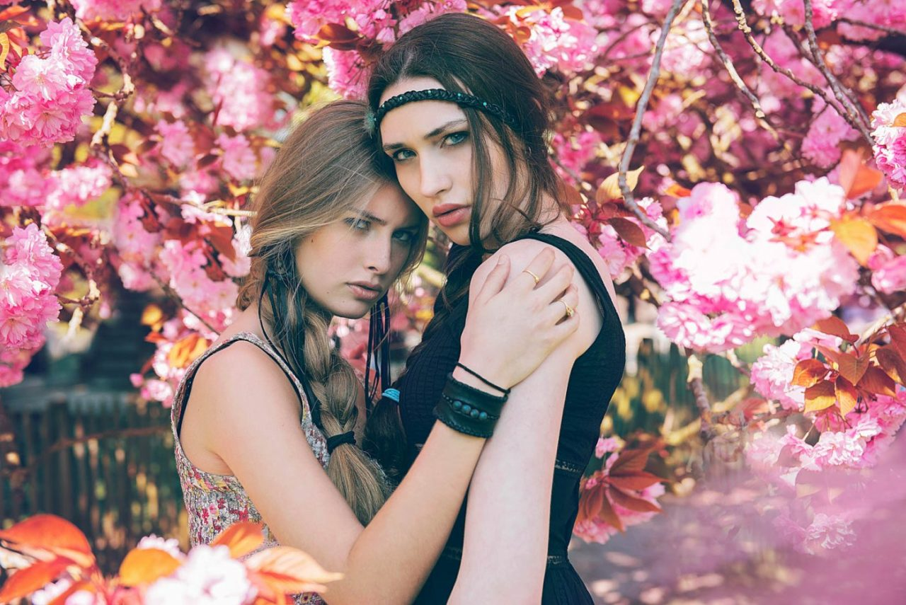 Portrait Photography By Anastasia Vervueren From Camille Rochette Pairi Daiza Pink Flowers