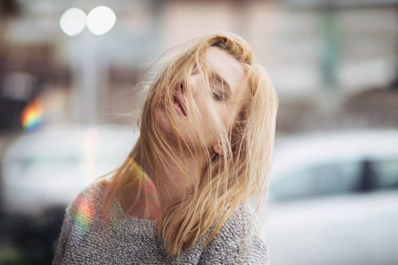 Portrait Photography By Anastasia Vervueren Wind Prisma Light