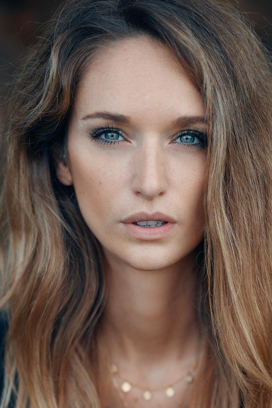 Portrait Photography By Anastasia Vervueren Close Up