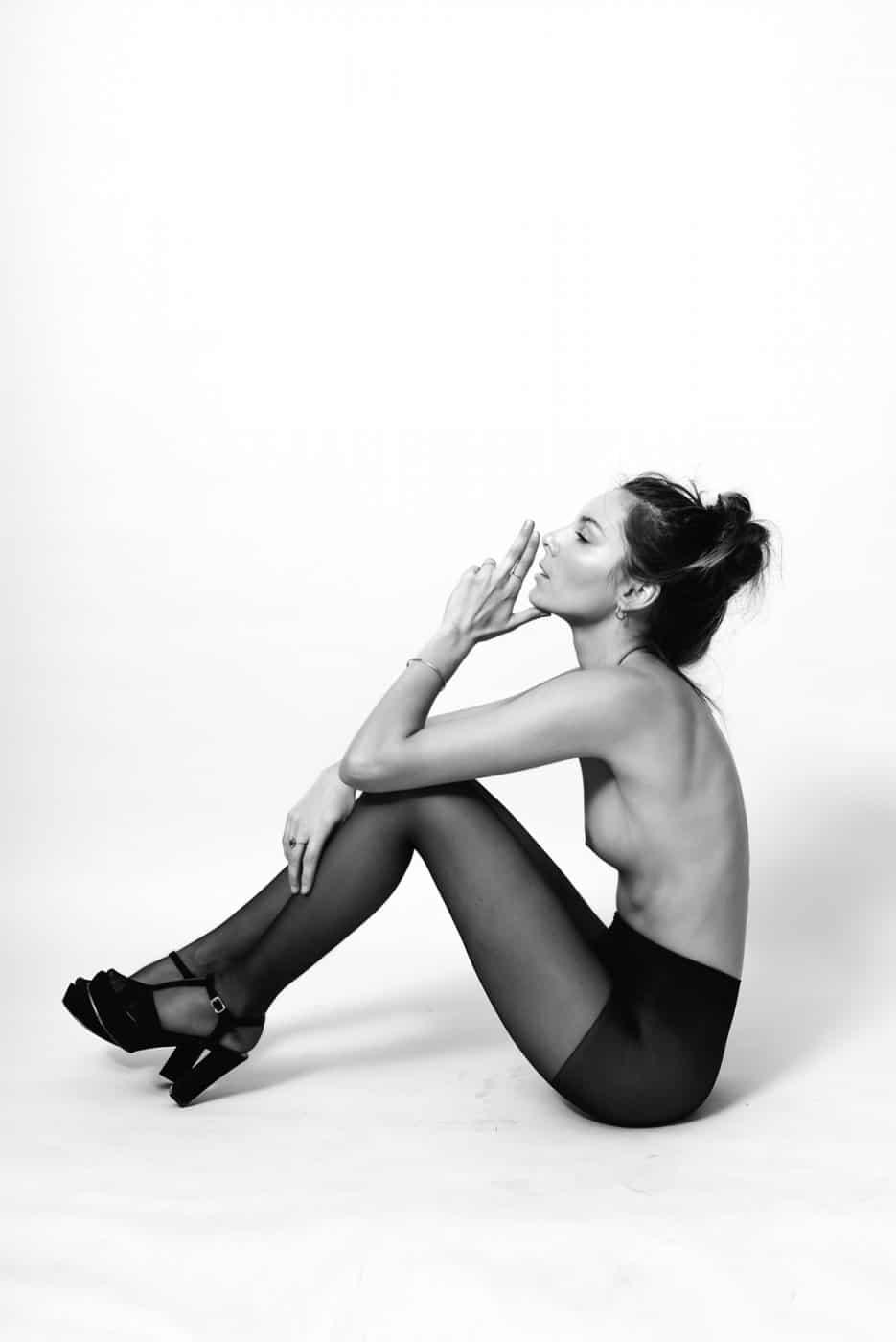 Portrait Studio Photography By Anastasia Vervueren Lingerie Black And White
