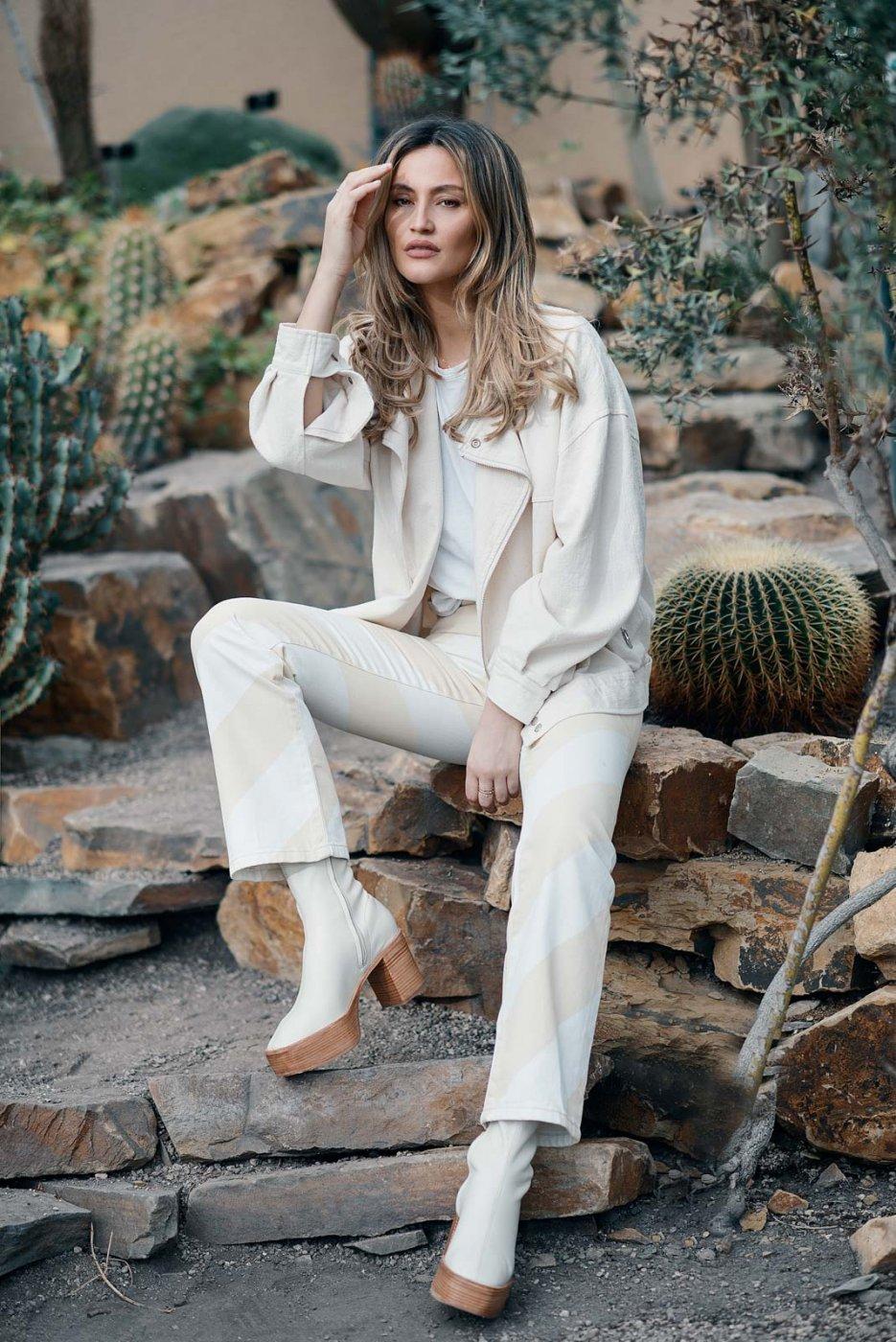 Fashion Portrait Photography By Anastasia Vervueren Lima's Wardrobe Plantentuin Meise