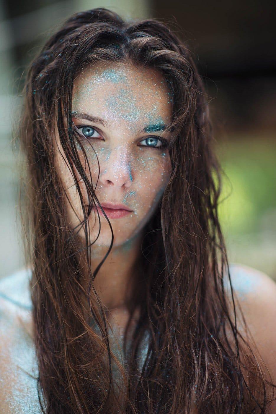 Portrait Photography By Anastasia Vervueren Blue Glitter