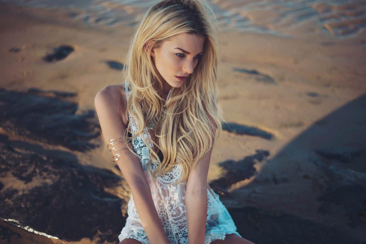 Portrait Photography By Anastasia Vervueren Beach Fashion