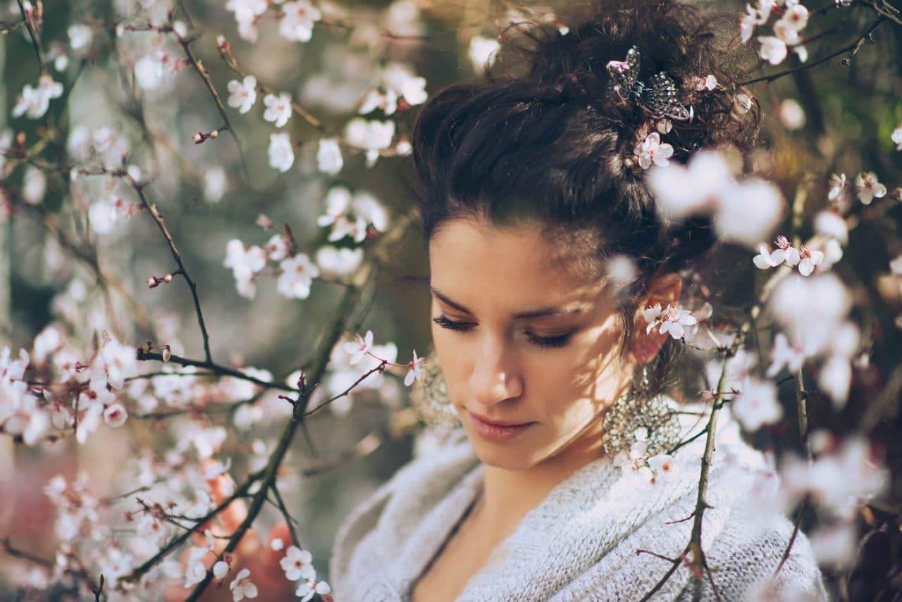 Portrait Photography By Anastasia Vervueren Flowers