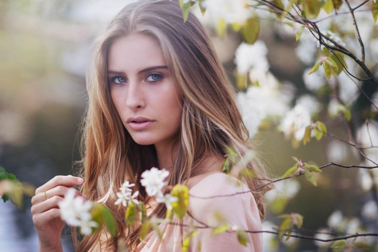 Portrait Photography By Anastasia Vervueren From Camille Rochette Flowers