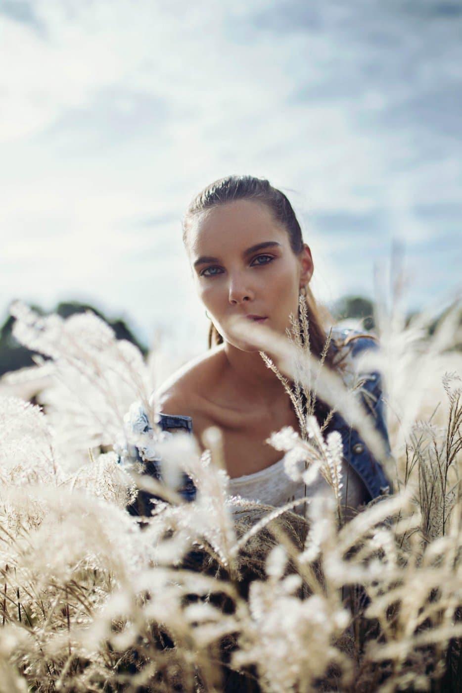 Fashion Portrait Photography By Anastasia Vervueren Pampa
